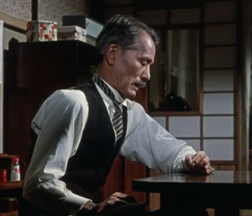 Chishū Ryū, as Shūhei Hirayama in Ozu's <em>An Autumn Afternoon</em>, alone after marrying off his only daughter